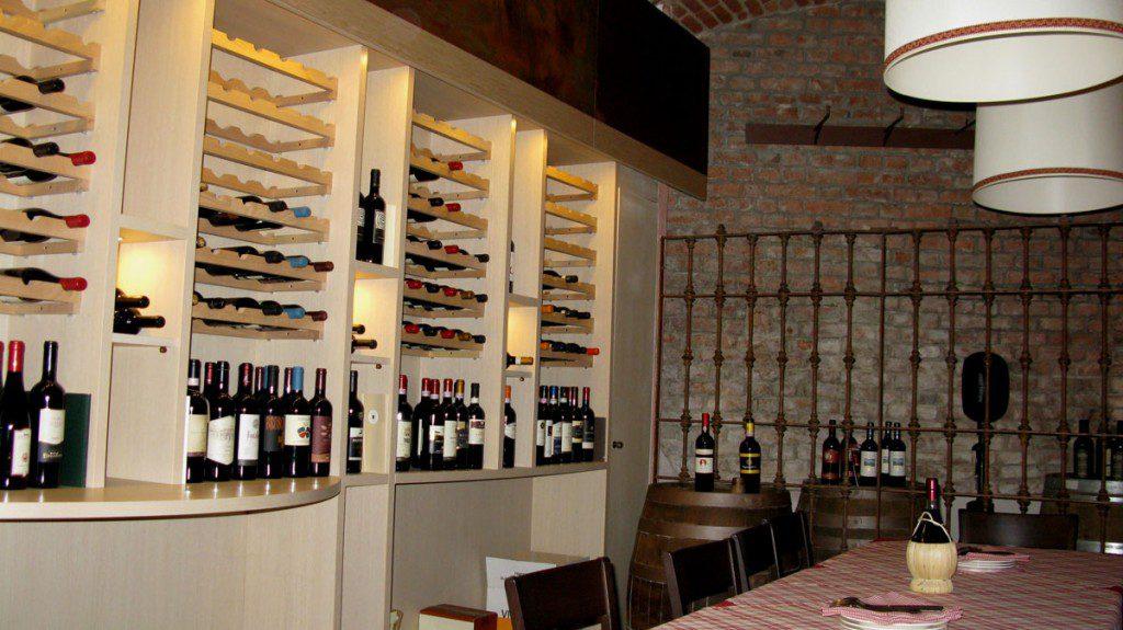 La parte enoteca di Cibo & Vino