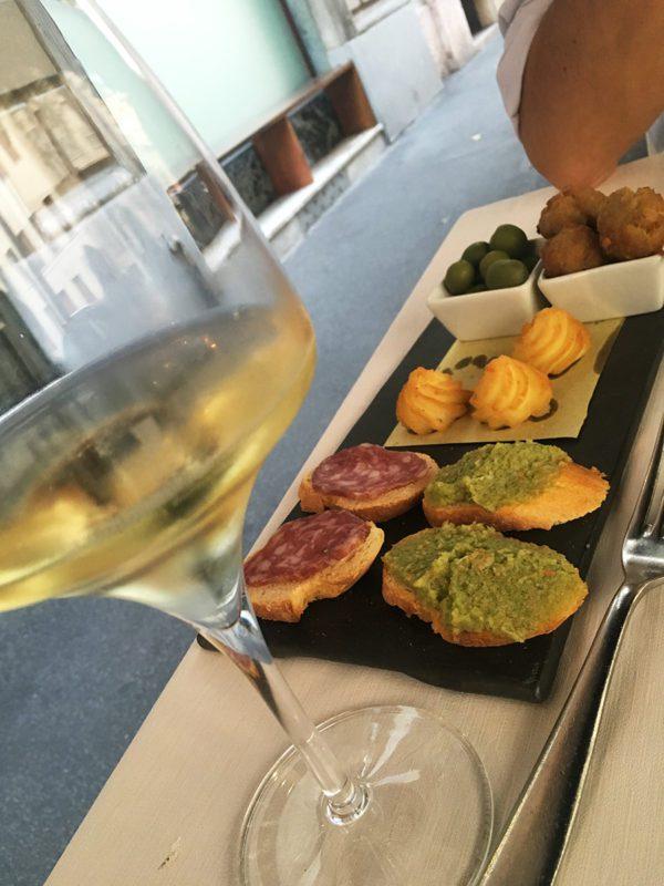 Cantina di Manuela - Via Poerio - Aperitivo