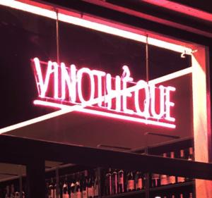 Vinothèque insegna